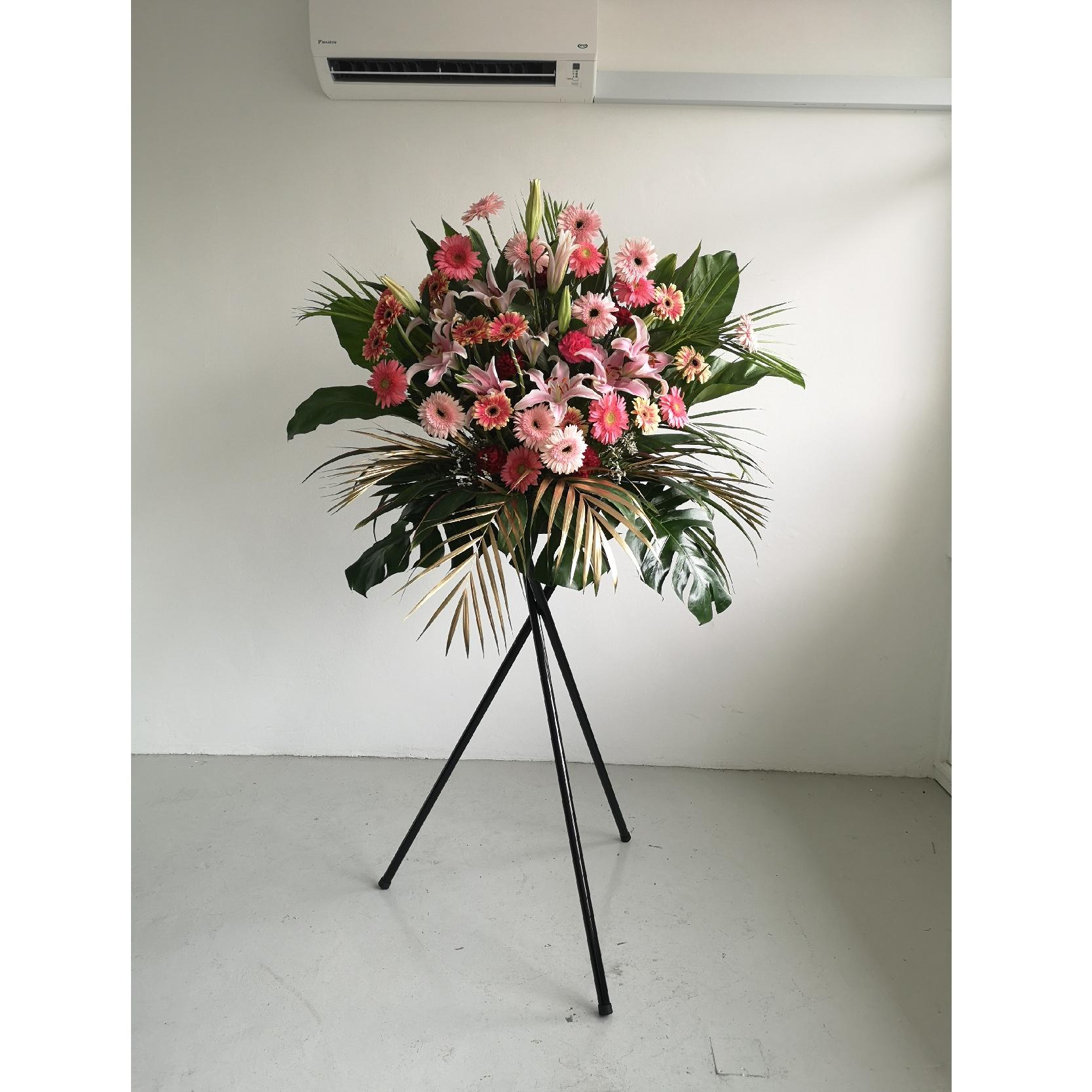 flower stand 6-01.jpg