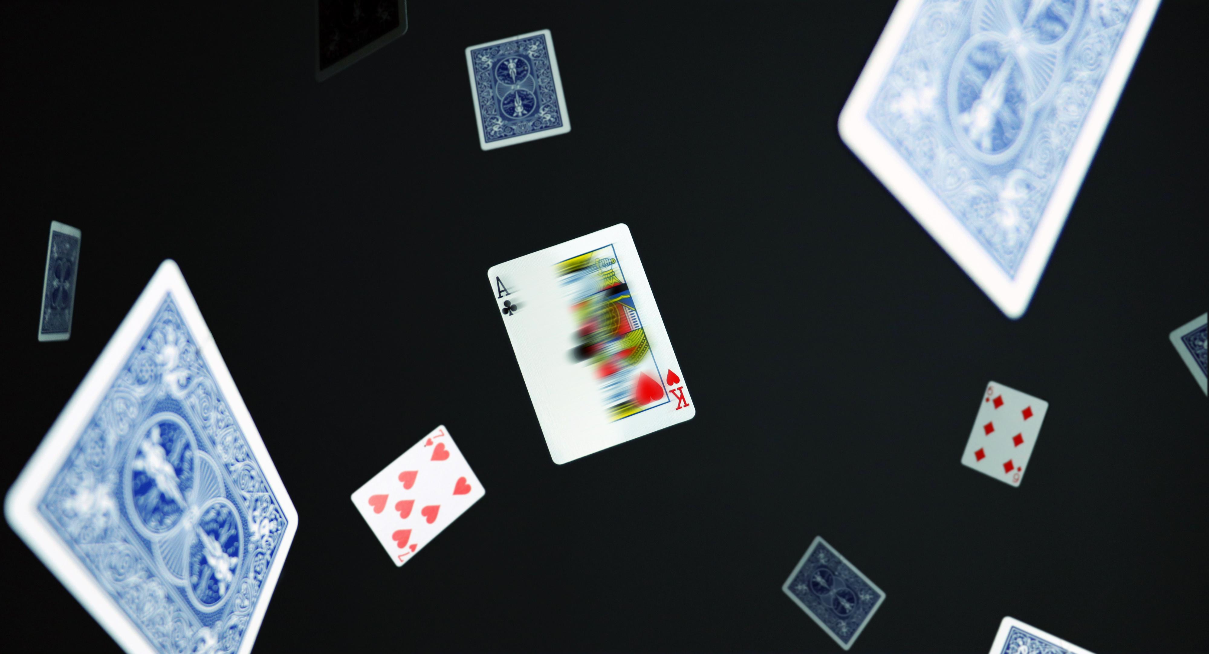 Gimmick Card Magic Flap Hondo