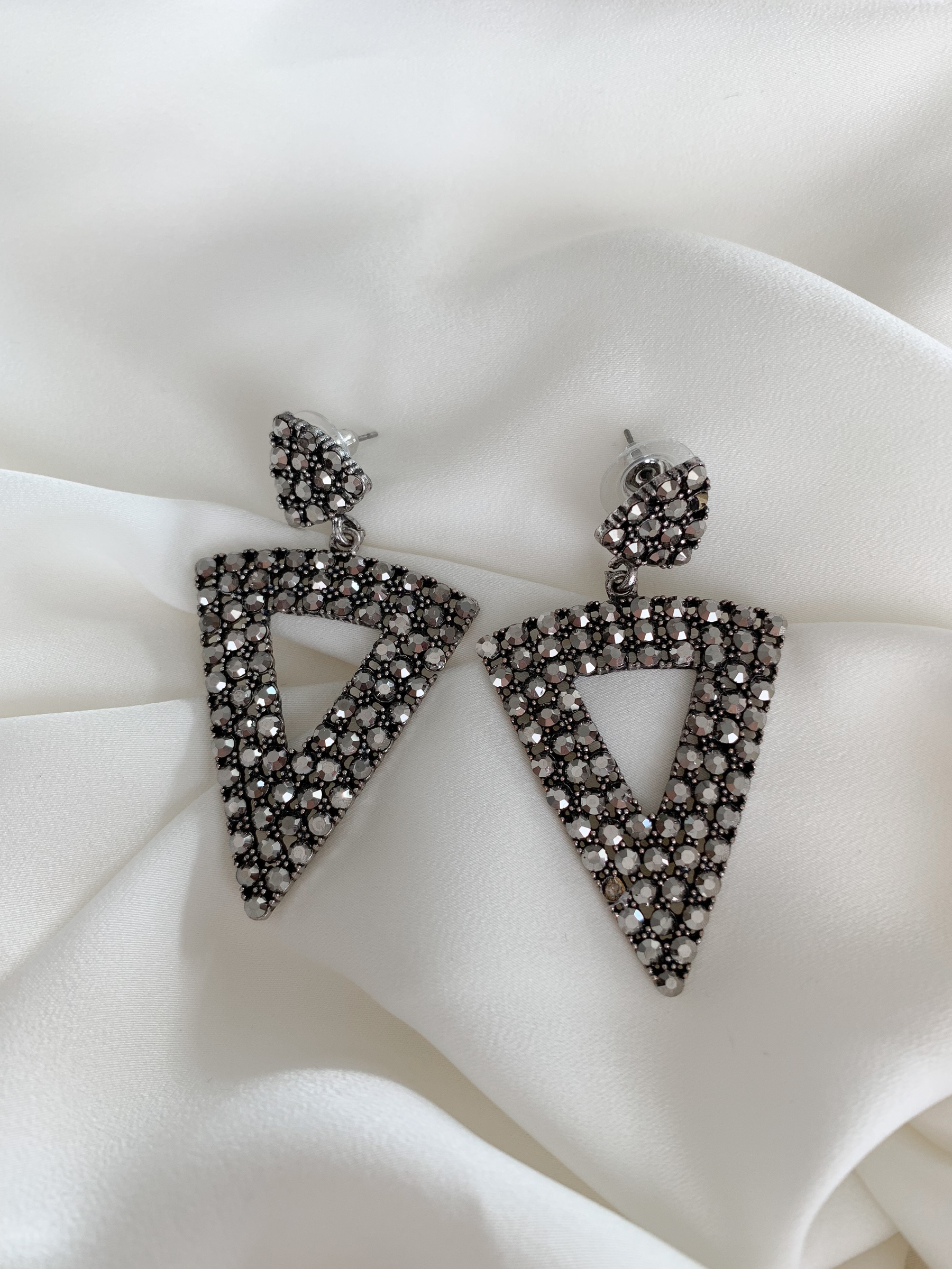 zoe-earrings.jpg