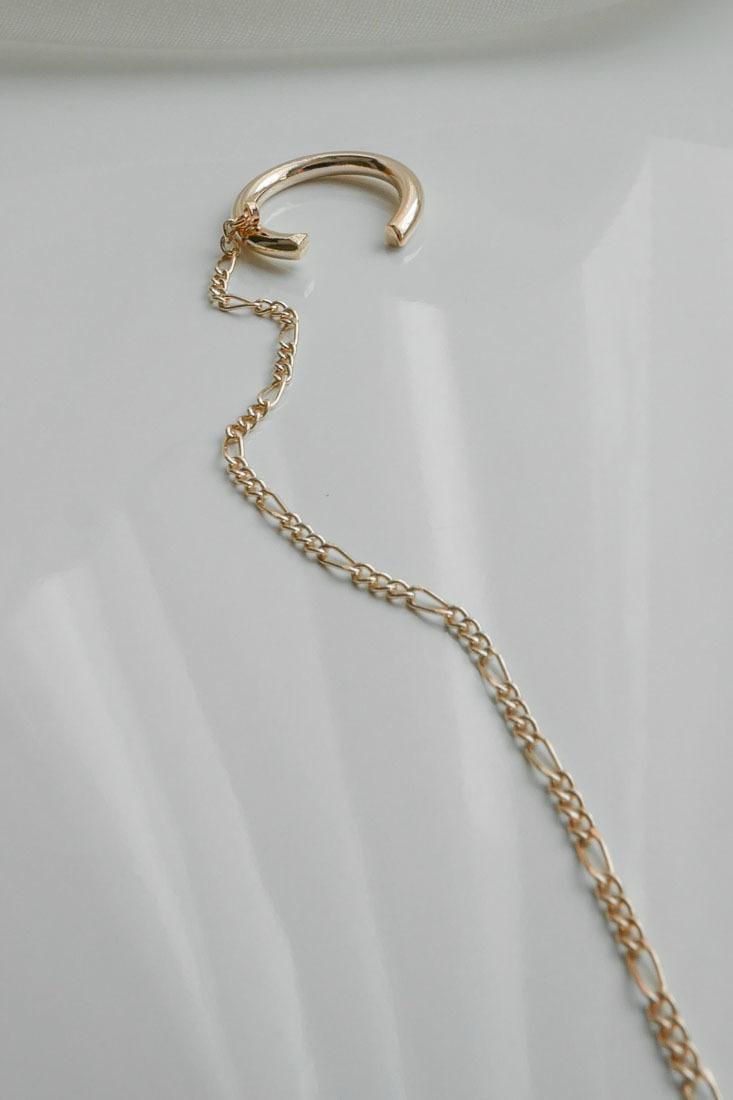 gold-cuff-with-threads-3.jpg