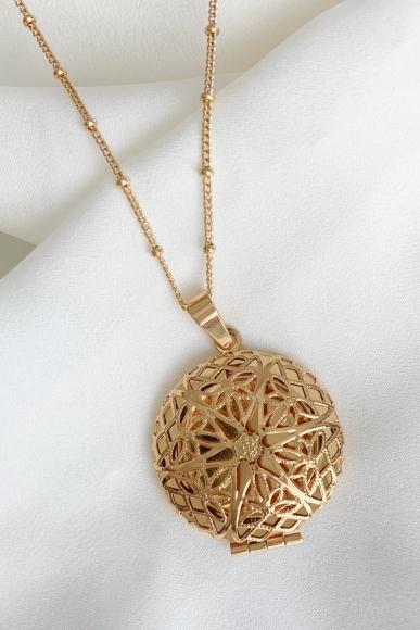 memoir-locket-necklace
