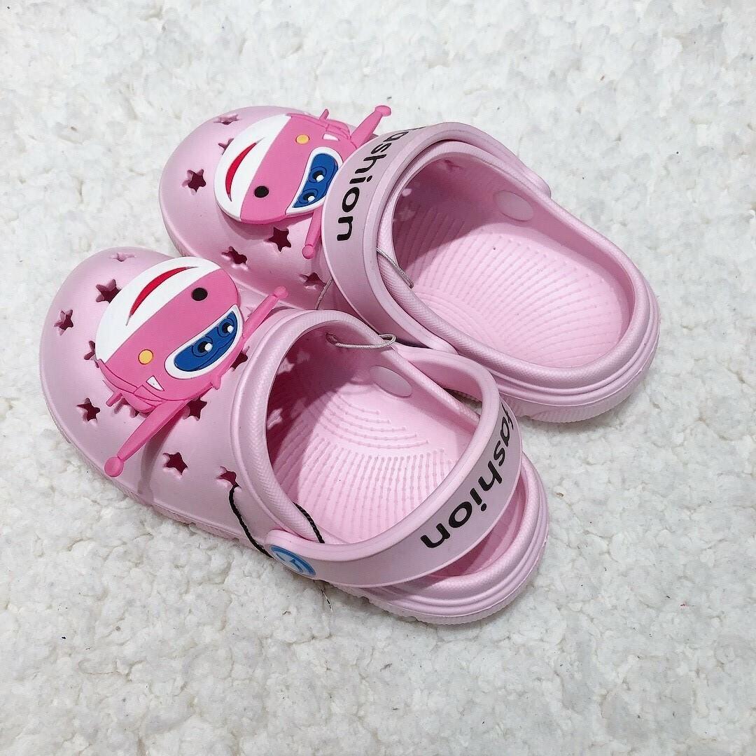 拖鞋_210818_2.jpg
