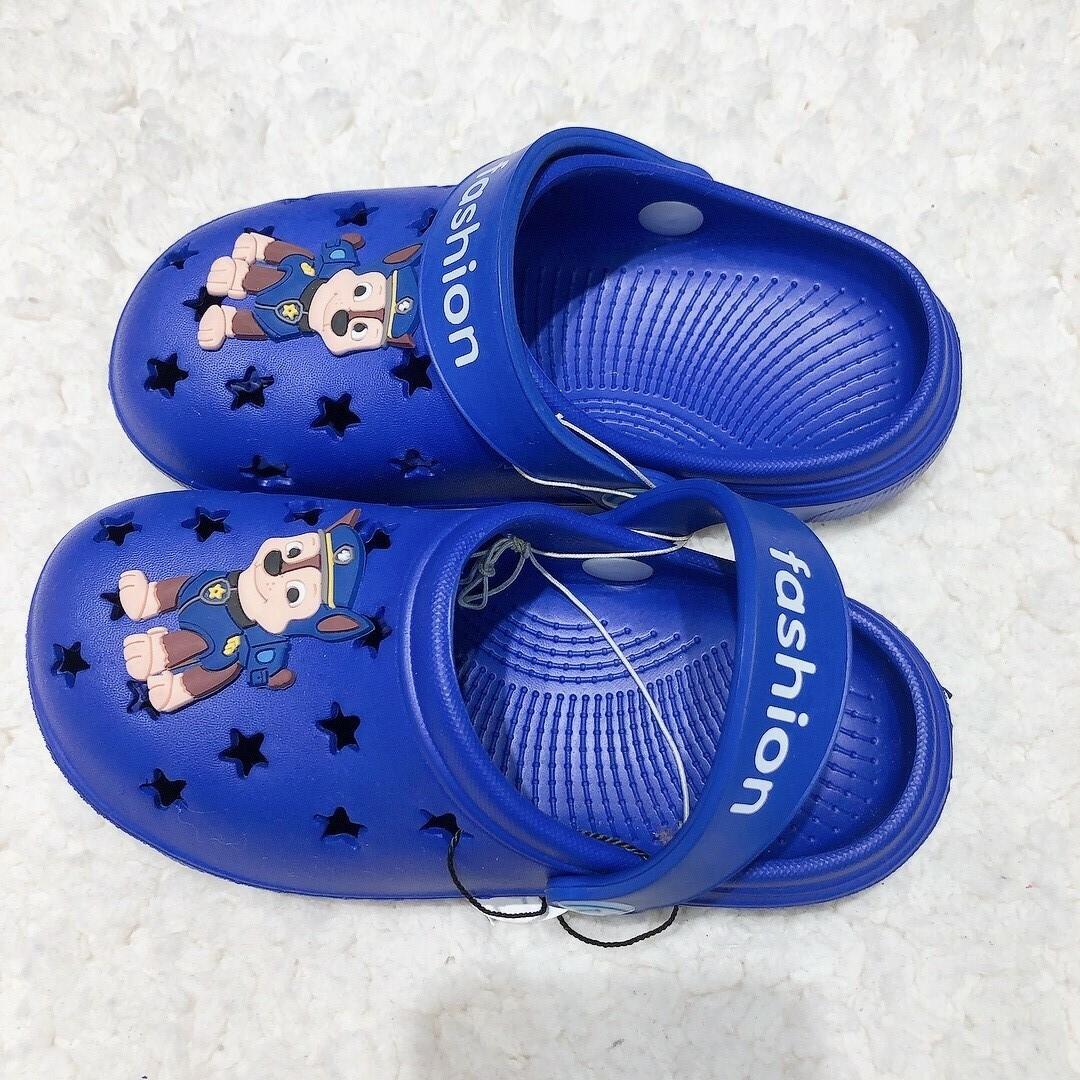 拖鞋_210818_1.jpg