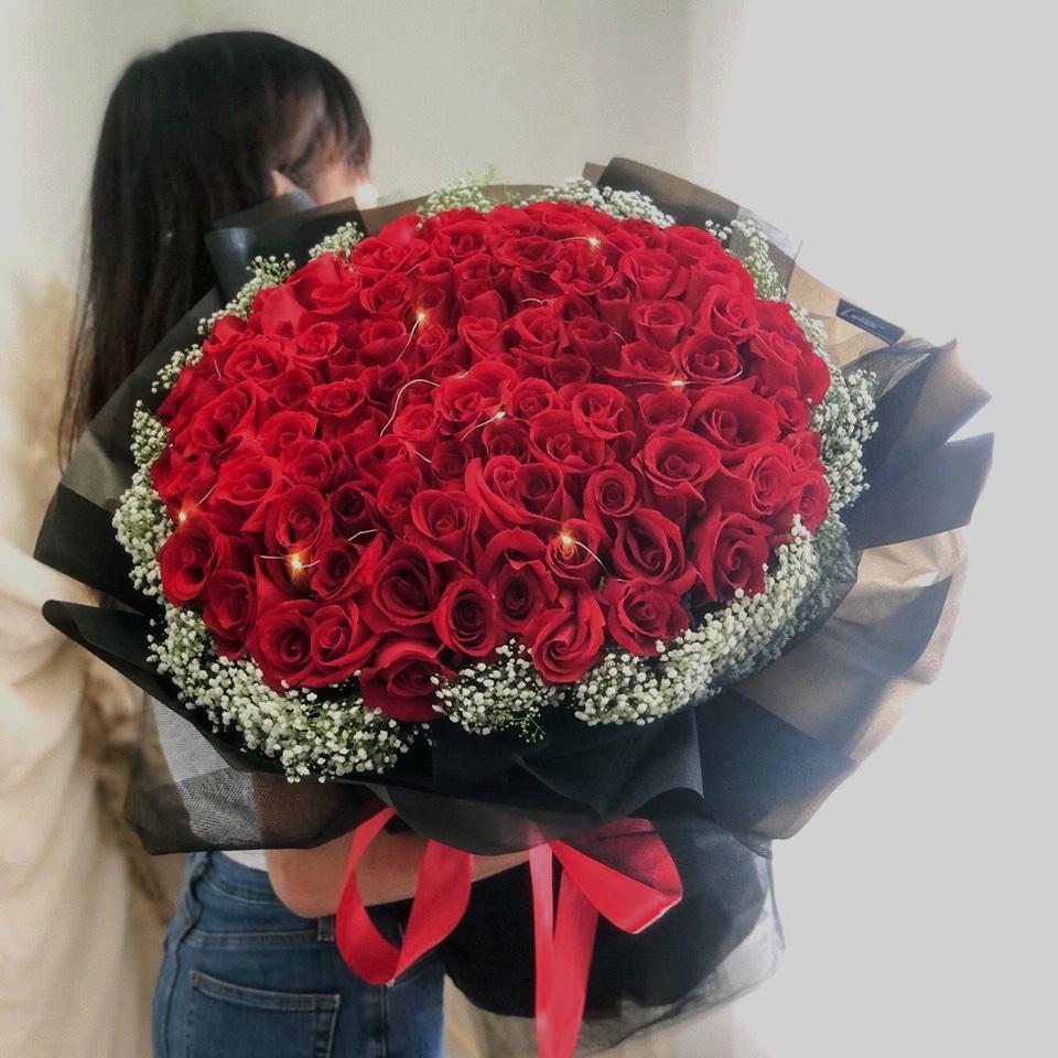 99-Roses-2.jpg