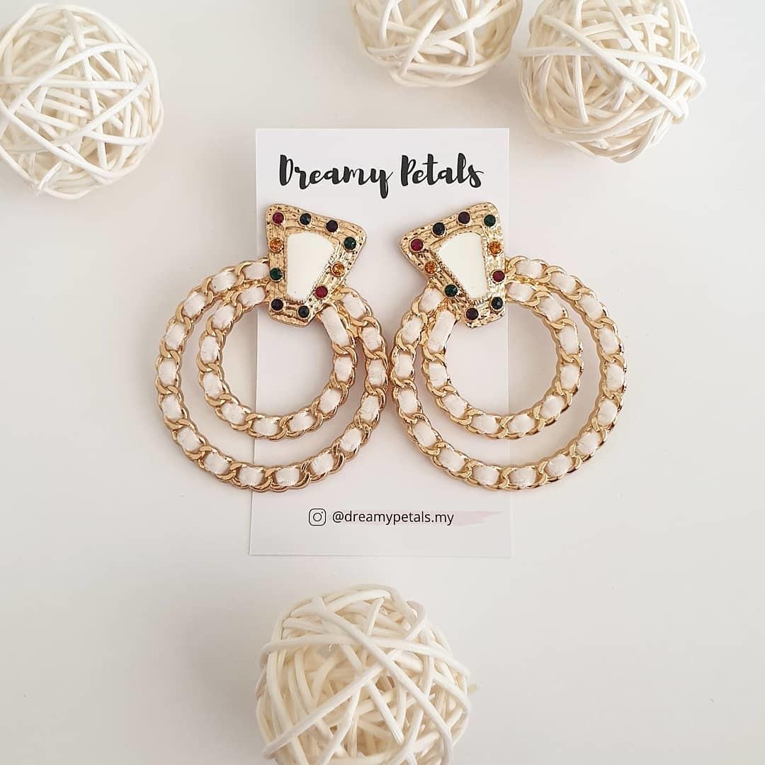 Forever Floral Earrings_57488408_378493129431105_267554868238624683_n.jpg