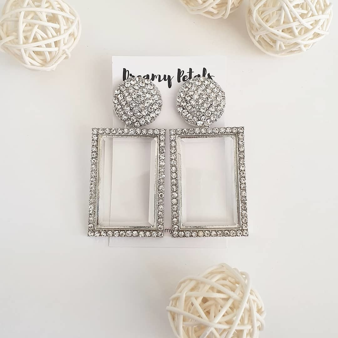 Forever Floral Earrings_57506323_2372816382990042_186524514002735881_n.jpg
