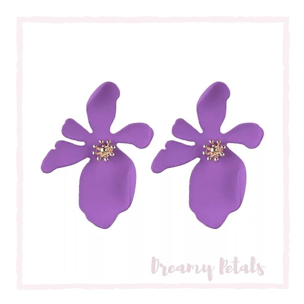 Forever Floral Earrings_39114697_234157623955640_2493449457035640832_n.jpg