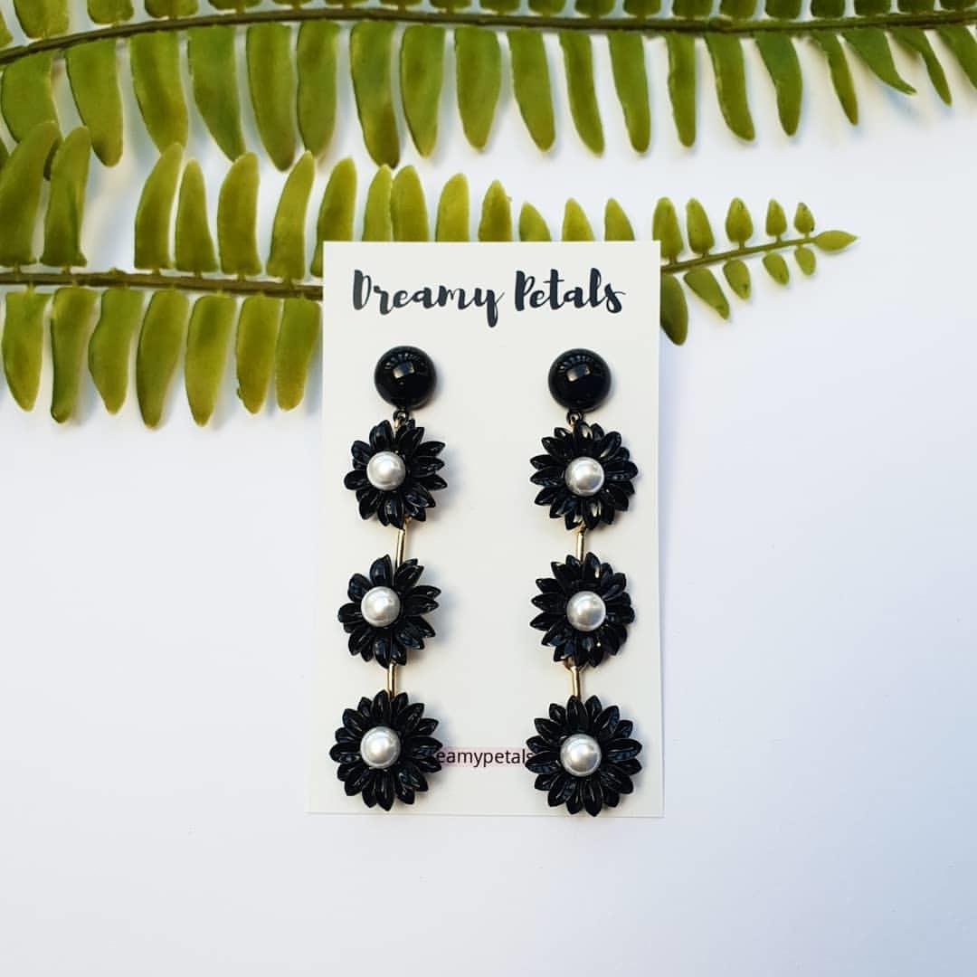 Forever Floral Earrings_50816813_229843421303715_215276759763141954_n.jpg