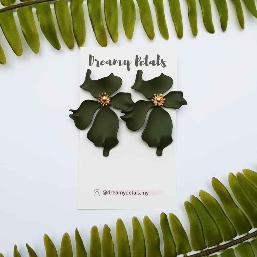 Forever Floral Earrings_47694969_901489723391786_3999529898035543069_n.jpg
