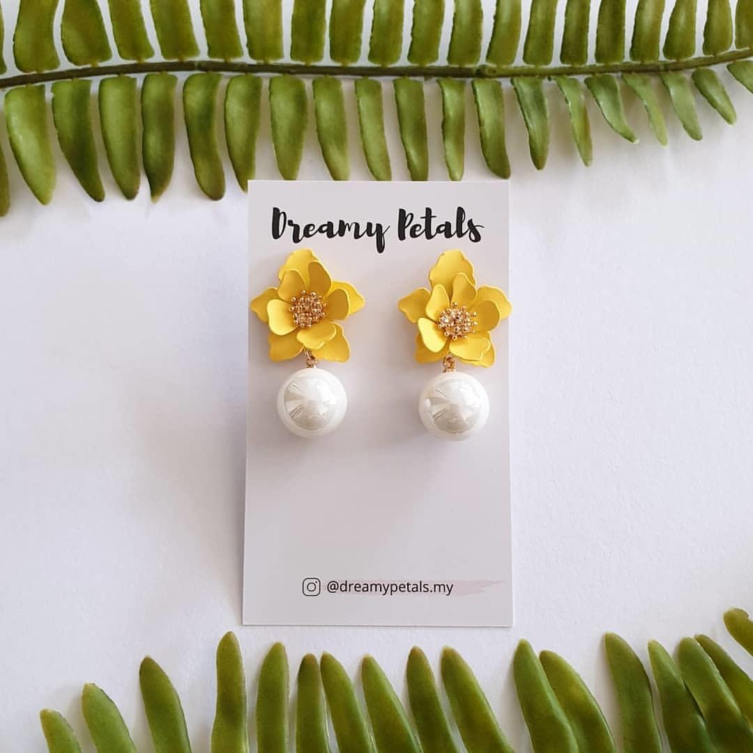 Forever Floral Earrings_56635277_130152668137563_6599487045862920345_n.jpg