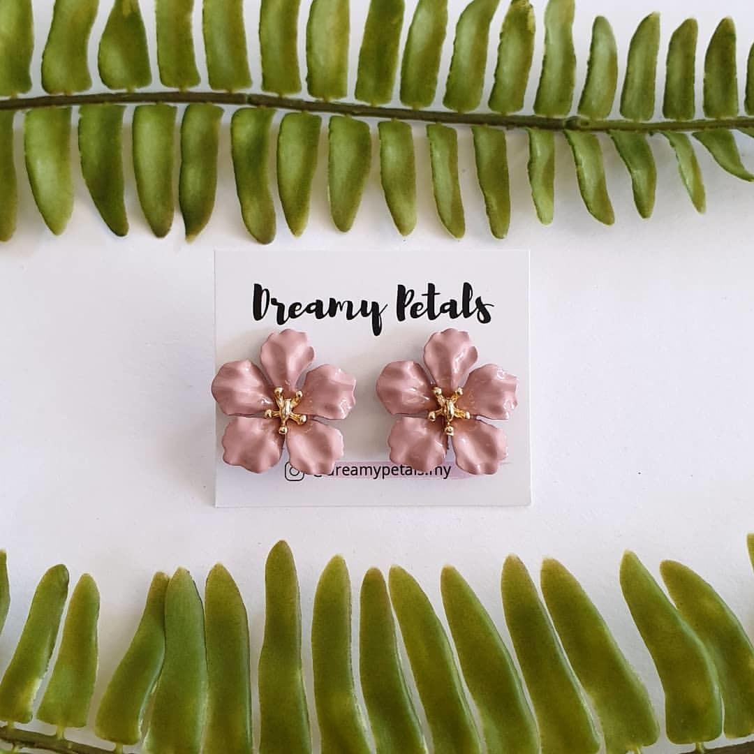 Forever Floral Earrings_59946048_2177477142322013_282225531024204732_n.jpg