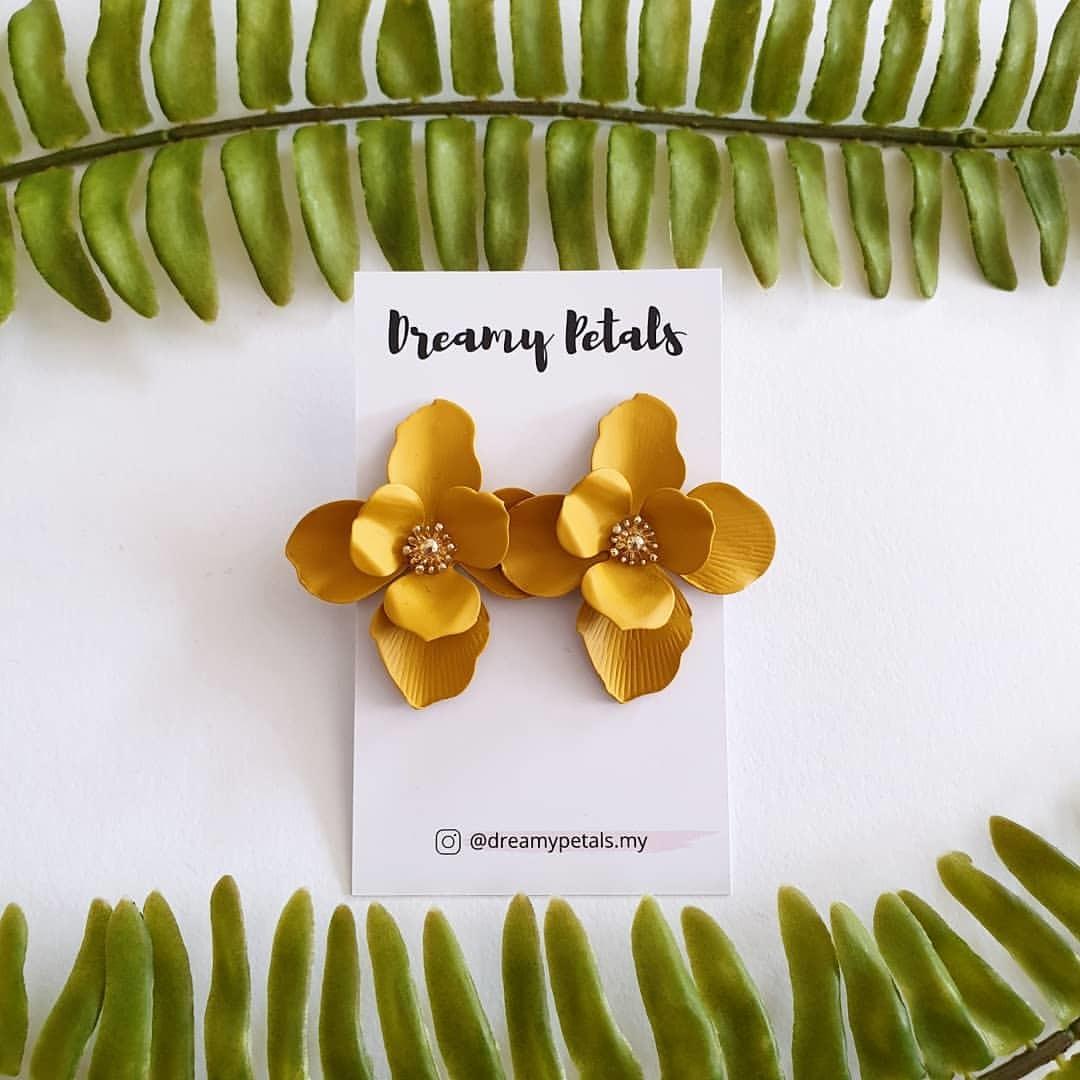 Forever Floral Earrings_59609004_416059502577407_8621066023917499958_n.jpg