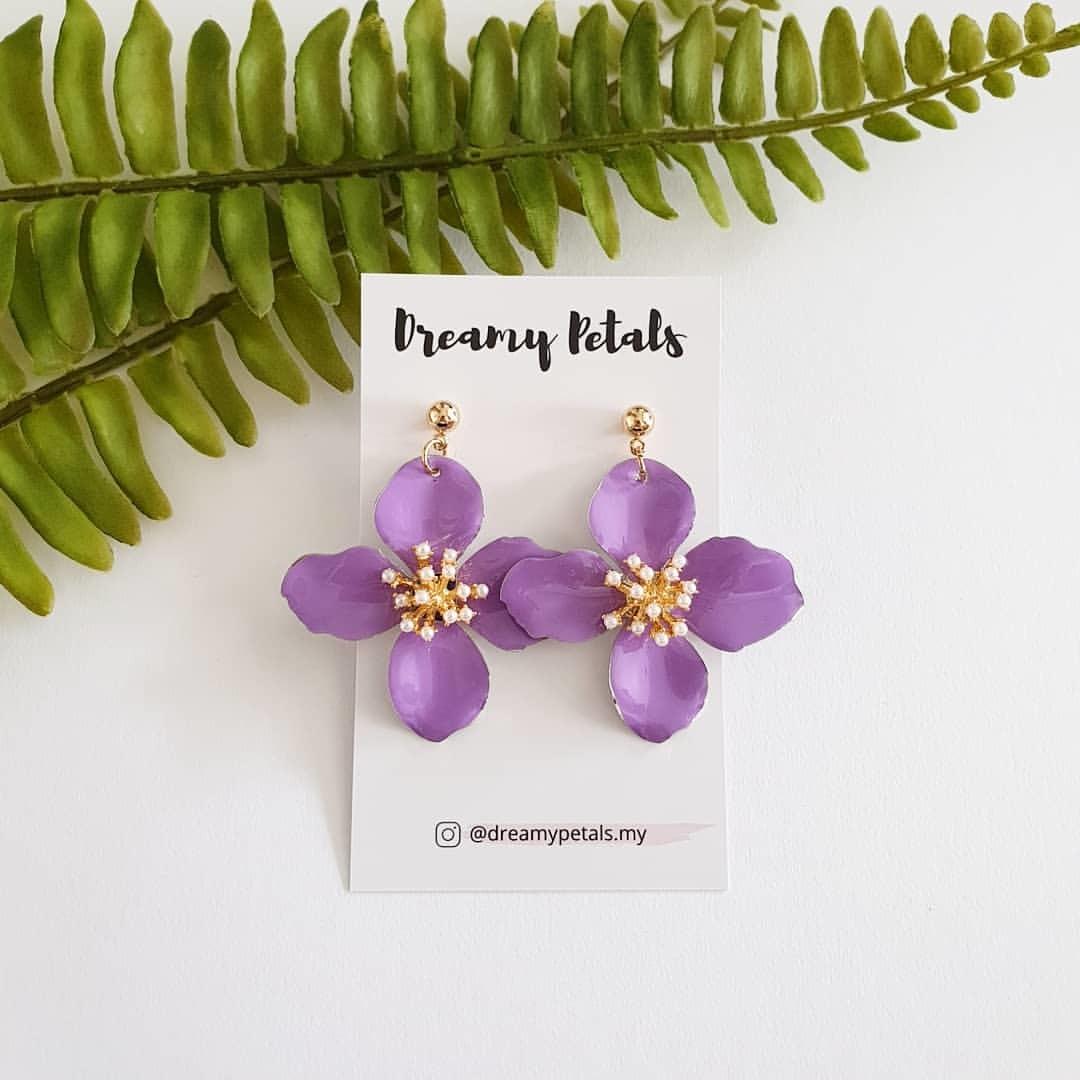 Forever Floral Earrings_66468727_396283301025860_678713840482420211_n.jpg