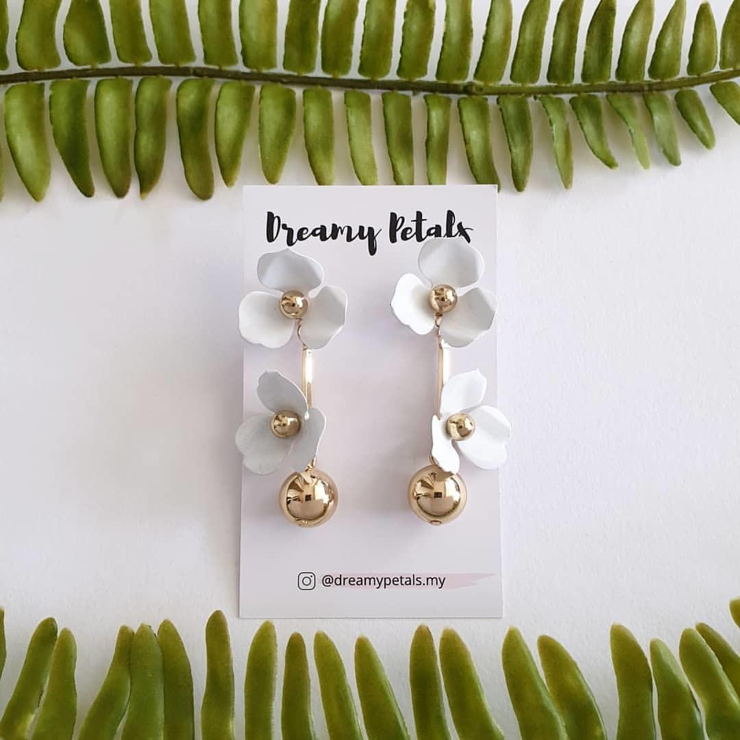 Forever Floral Earrings_60012981_308149393409335_8492841786284338440_n.jpg