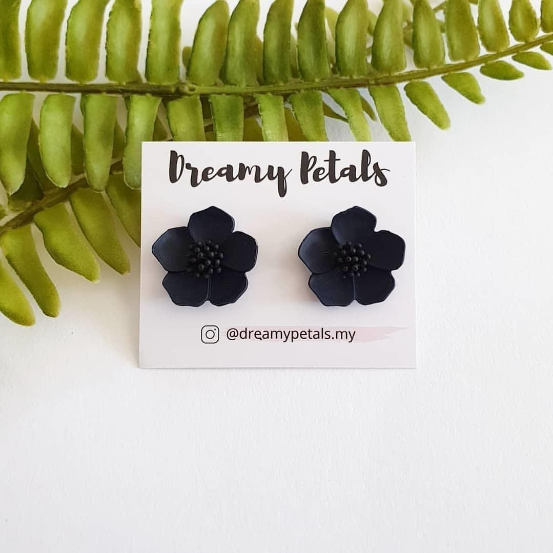 Forever Floral Earrings_75595299_559697197924605_1655138178722674768_n.jpg