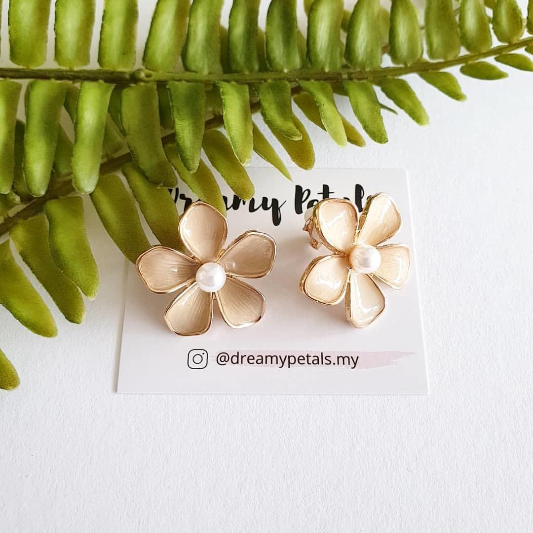 Forever Floral Earrings_74938934_568214043932558_3465414828959395507_n.jpg
