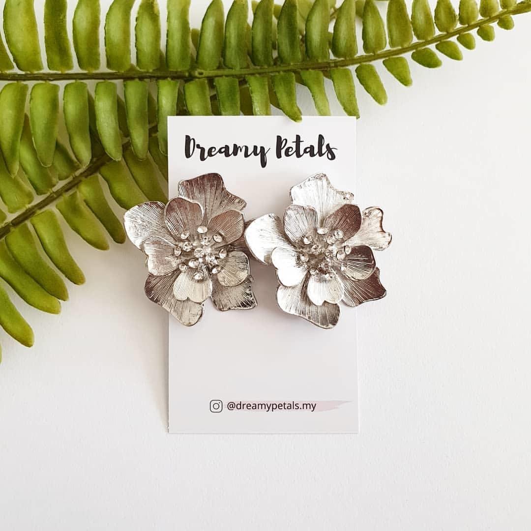 Forever Floral Earrings_73127477_148885283036679_5665725634721448335_n.jpg