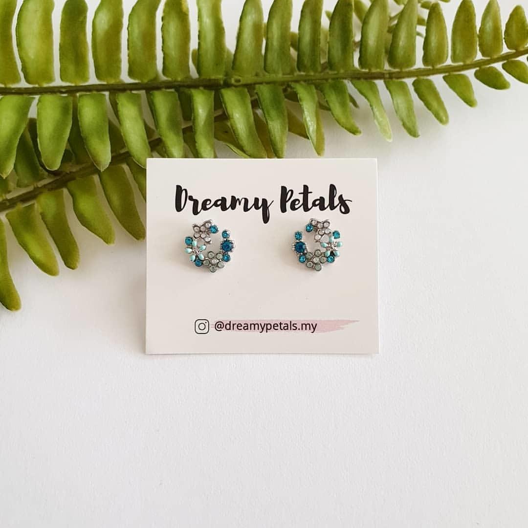 Forever Floral Earrings_67165410_187119662299273_1620447100352309933_n.jpg