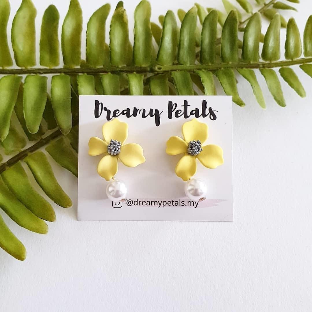 Forever Floral Earrings_72399491_1474323386051187_7457568764589555235_n.jpg