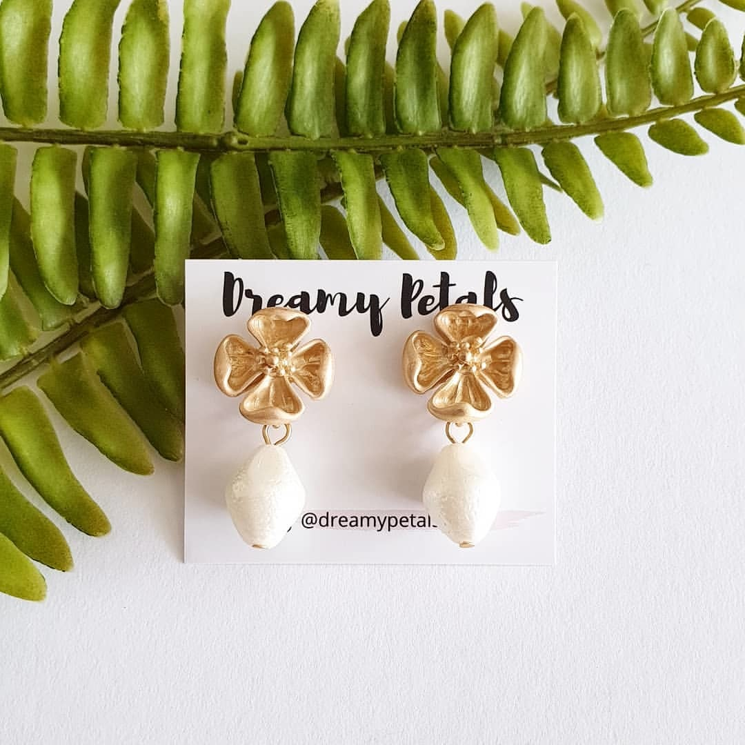 Forever Floral Earrings_71733549_1013373909007864_3730062079930892048_n.jpg