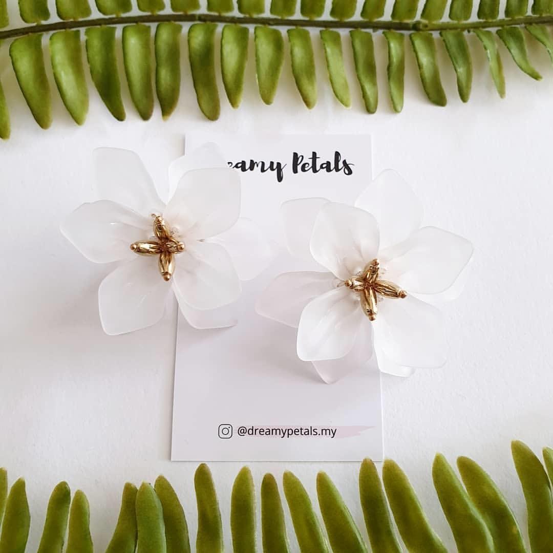 Forever Floral Earrings_60454649_424694214748548_3294404680532008946_n.jpg