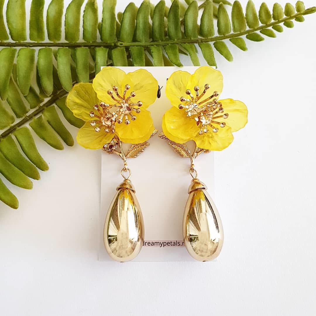 Forever Floral Earrings_75244354_161308838405549_6036125102127300191_n.jpg