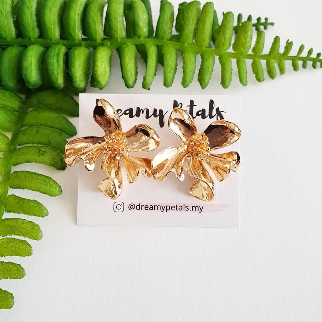 Forever Floral Earrings_82568108_2534123340209142_1758424297268852228_n.jpg