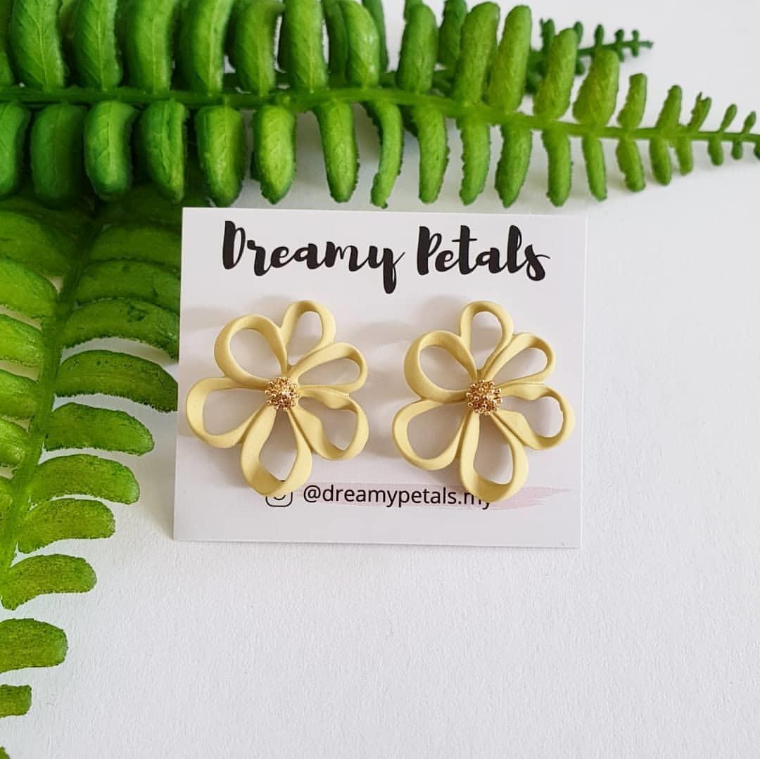 Forever Floral Earrings_81827634_104552121007783_4886875532617877557_n.jpg