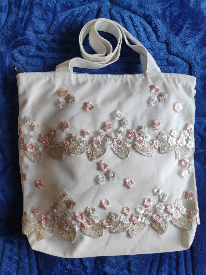bag lace 2.jpg