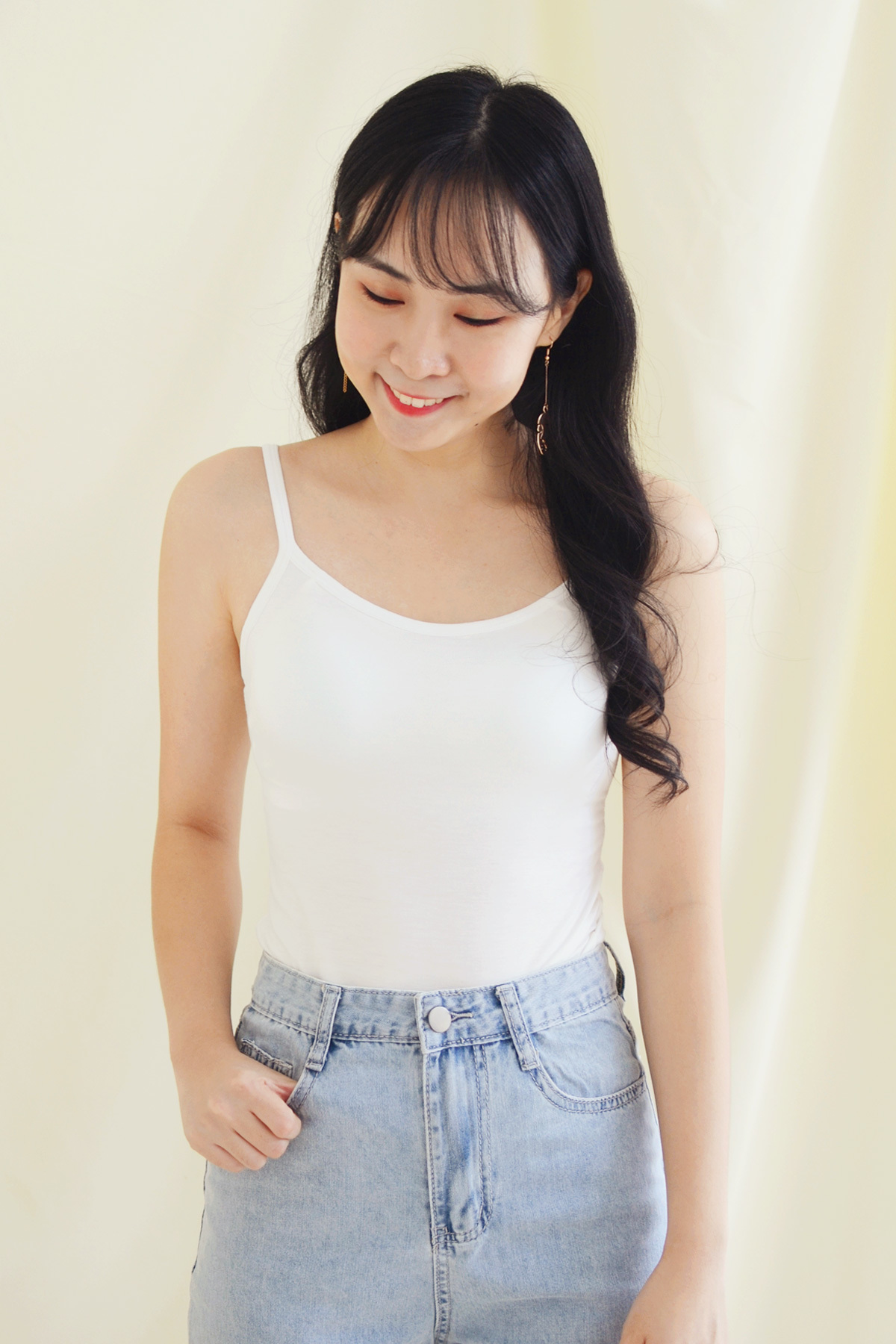 Ami_white1.jpg