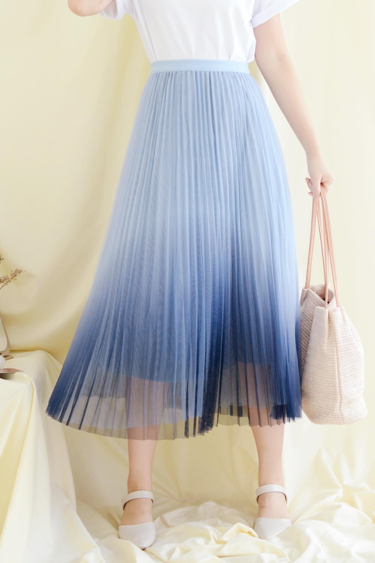 Waterlily_blue1.jpg