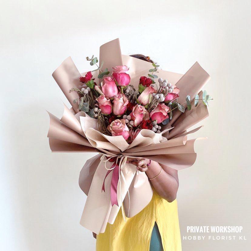 flower delivery kl 2.jpg