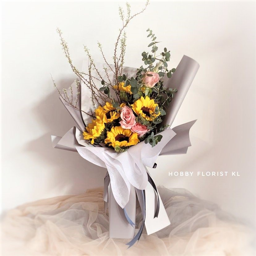 flower delivery kl 28.jpg