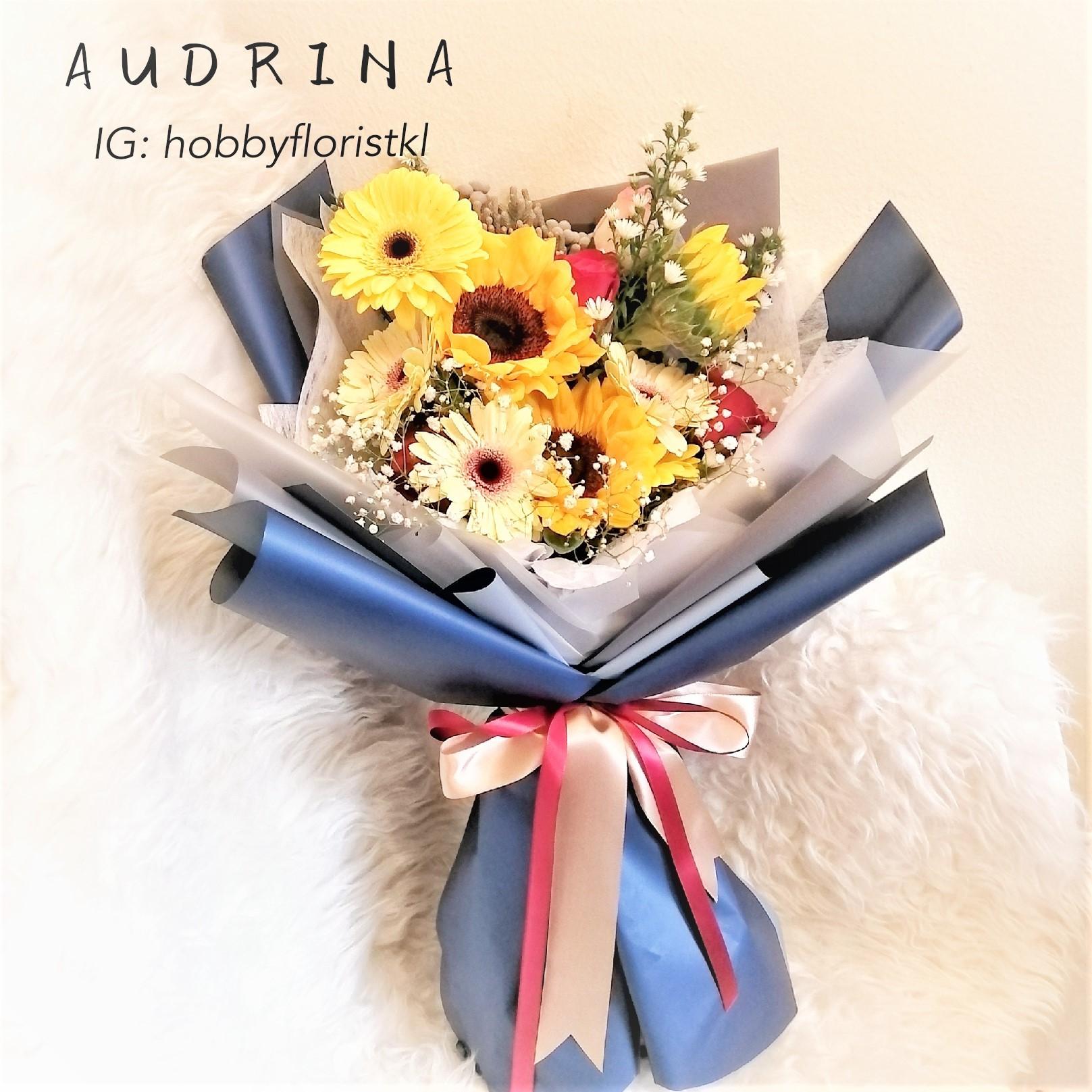 flower delivery kl 12.jpg