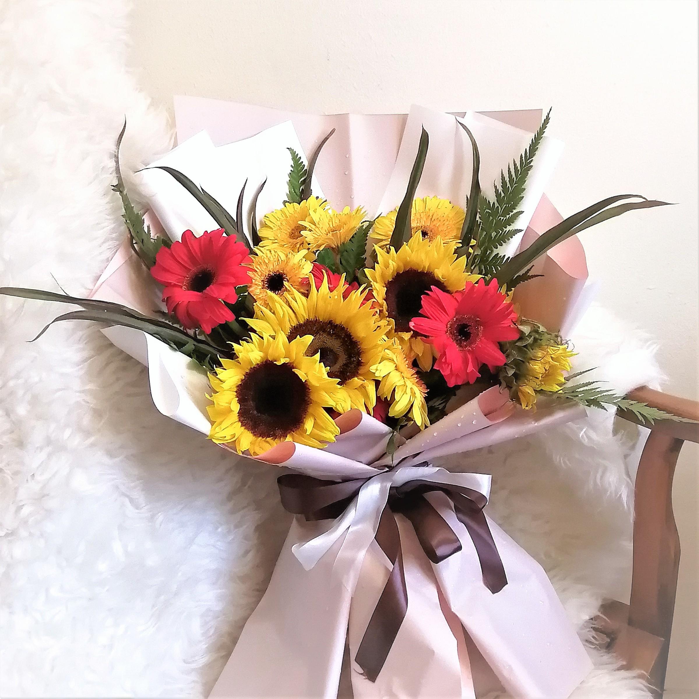 flower delivery kl 17.jpeg