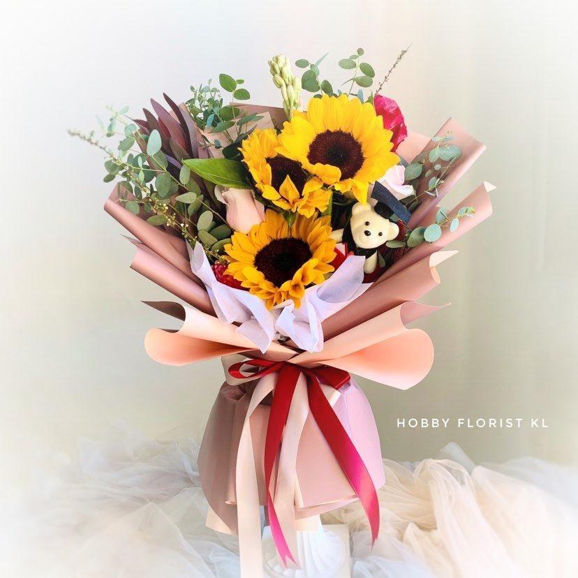 flower delivery kl 27.jpg