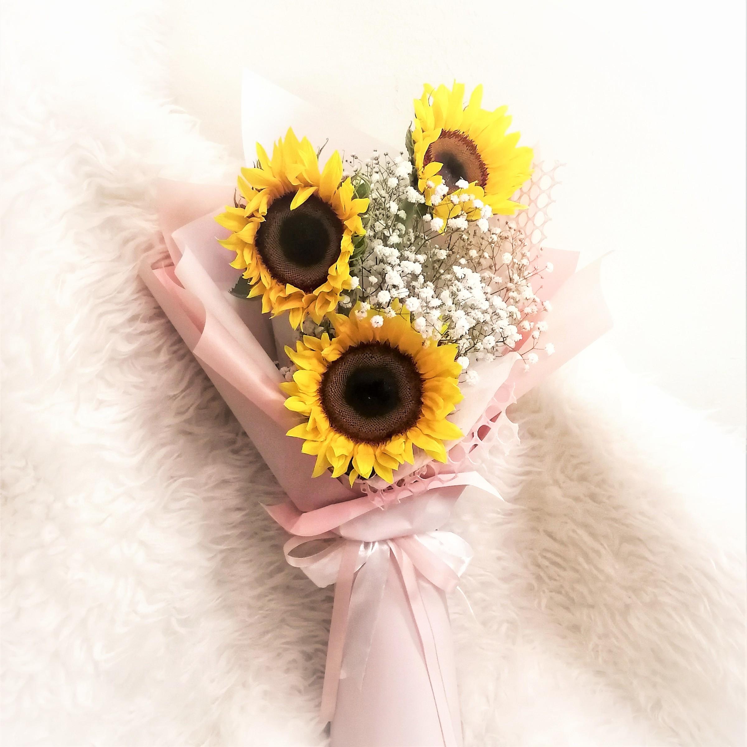 flower delivery kl 10.jpeg