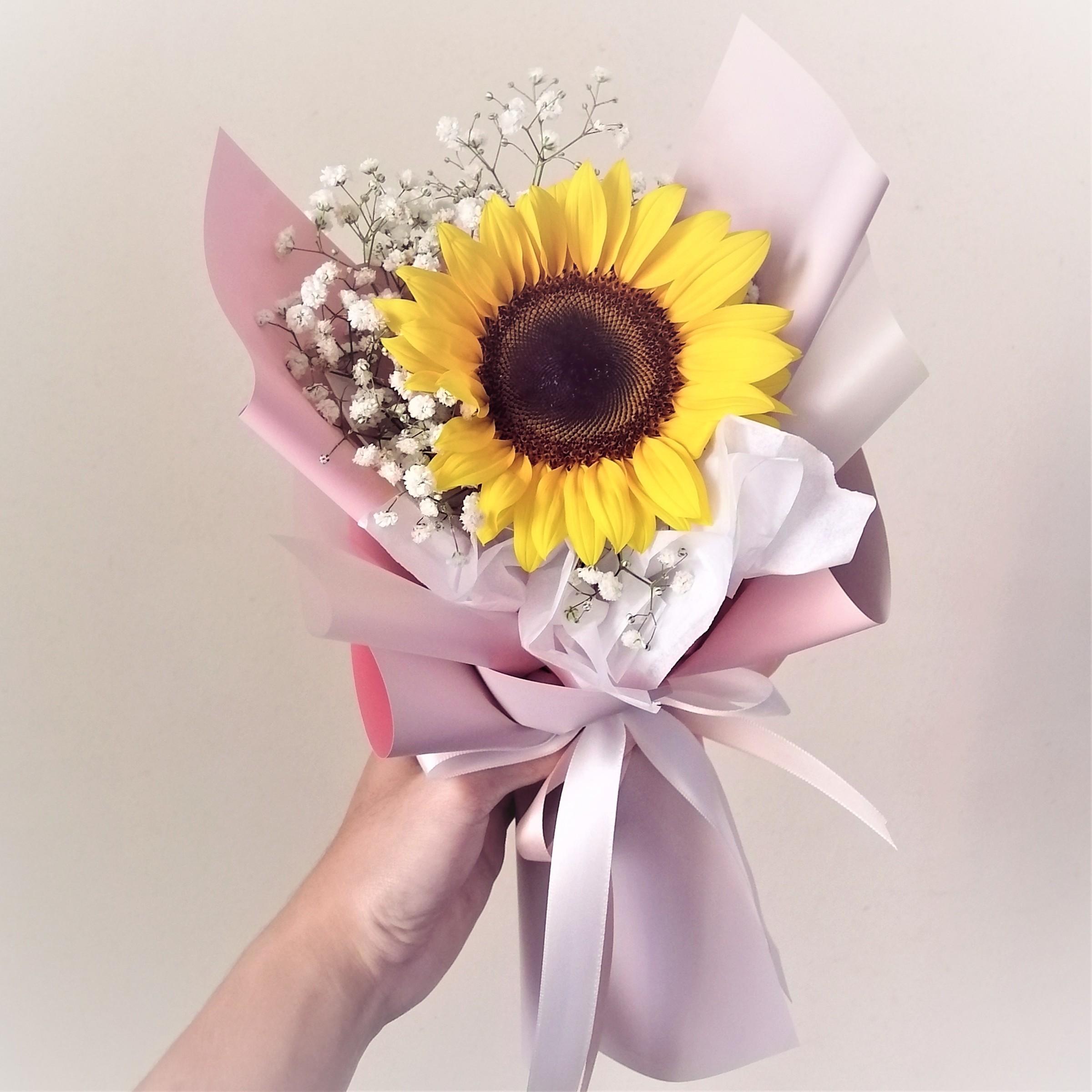 flower delivery kl 3e.jpeg