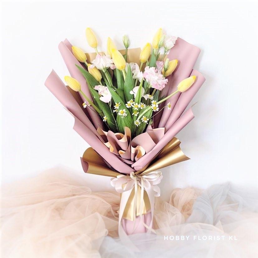 flower delivery kl 3.jpg