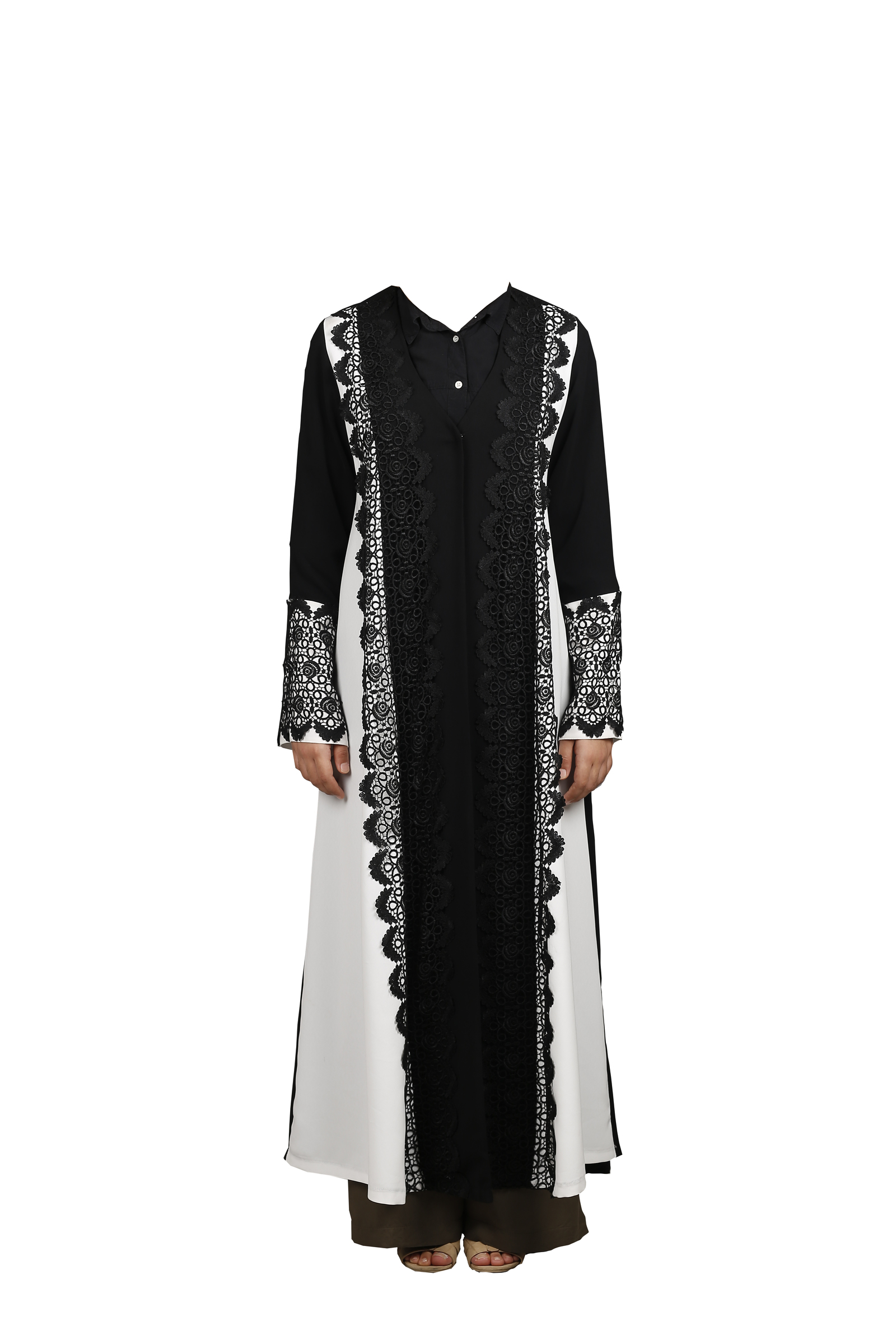 FSHTU011800048  Turkish Jubah - Black & White With EmbroideryTurkish Jubah - Black & White With Embroidery A.jpg