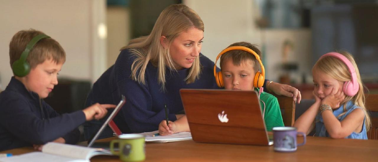 BuddyPhones 兒童耳機 第一品牌 - 好文推薦