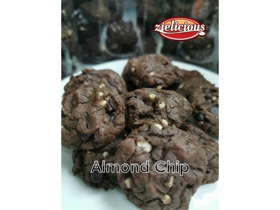 Almond Chip2.jpg