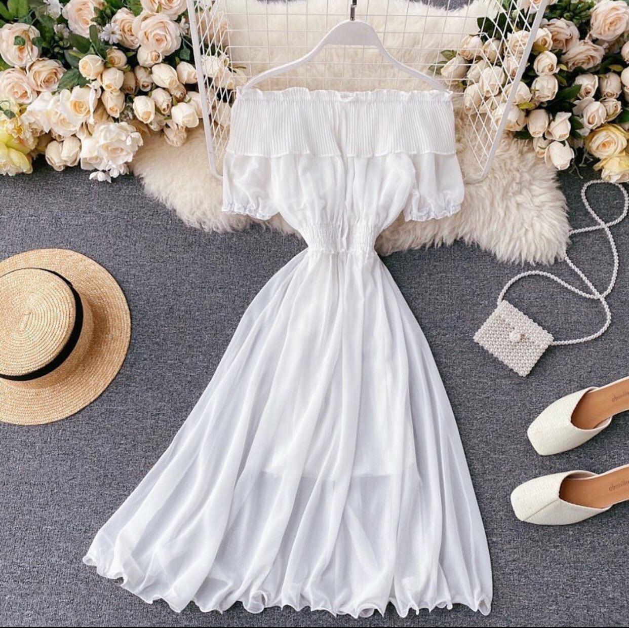 Homecoming Dress 1.jpg