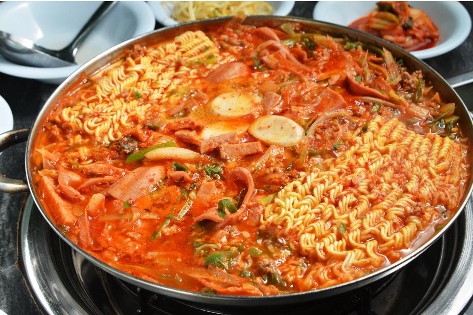 Kimchi Ajumma | Category - Meal Kits