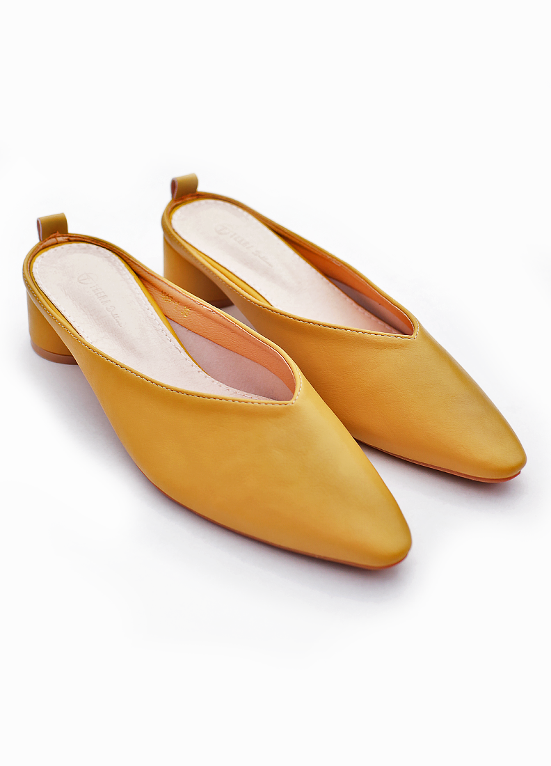 elle yellow 4.png