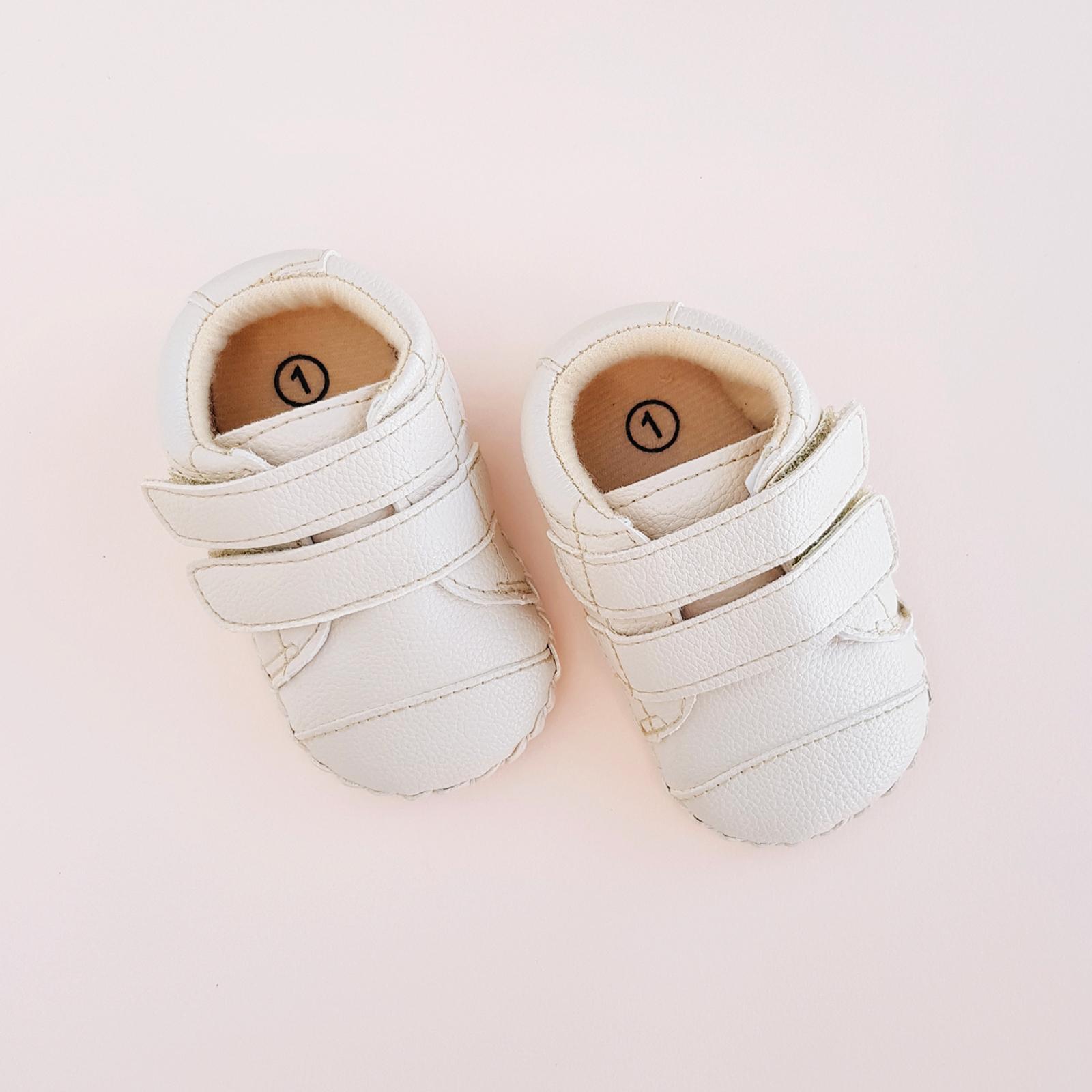 Velcro Shoes1600x1600-1.jpg