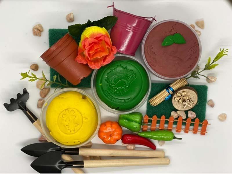 Gardening Playdough Kit 1.jpg