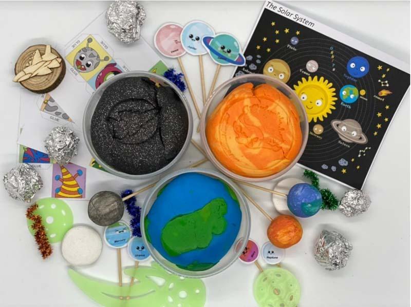 Space Playdough Kit 1.jpg