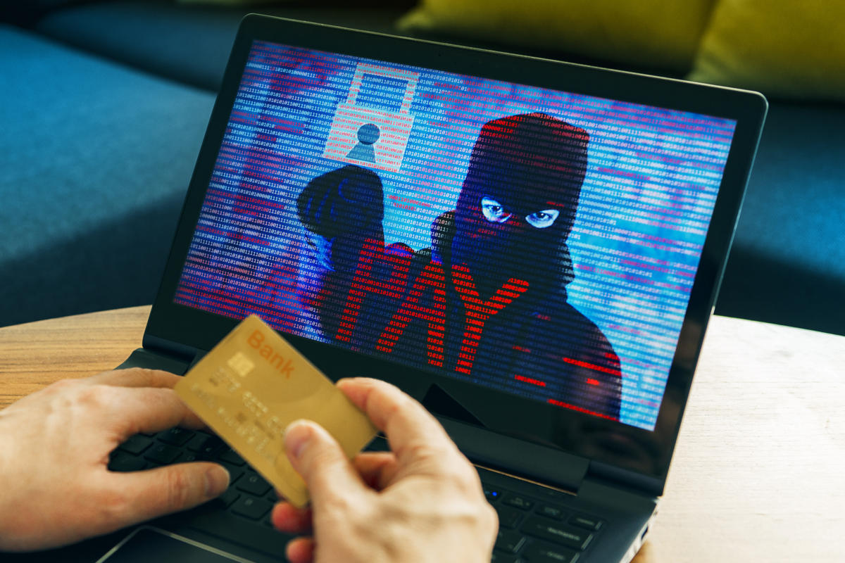 Analyzing and preventing next-gen financial crime with deep-link analytics