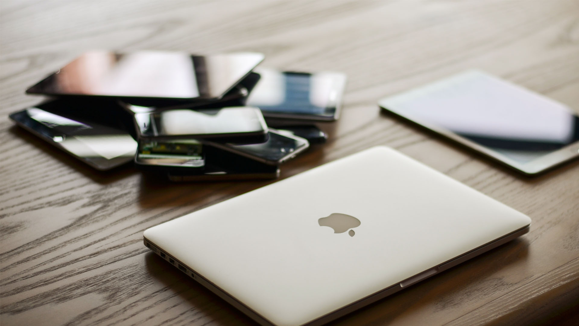 One-third of families have bickered over device updates at home